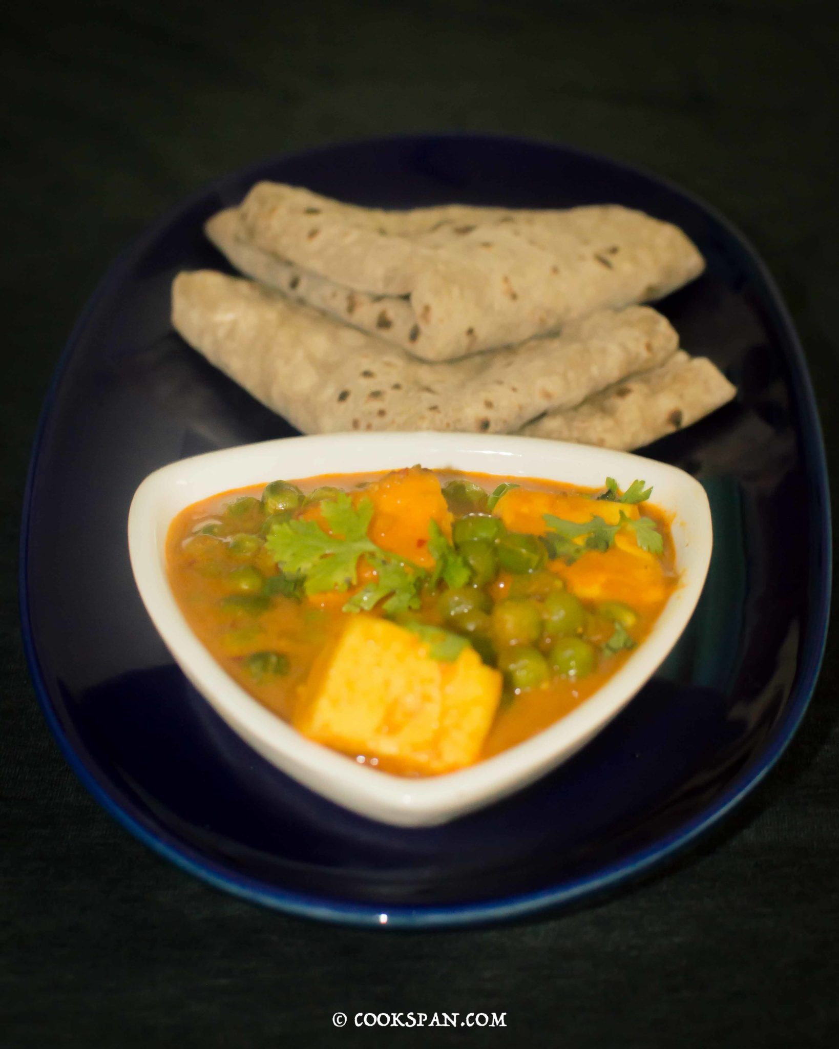 Mutter Paneer Served with Chapati