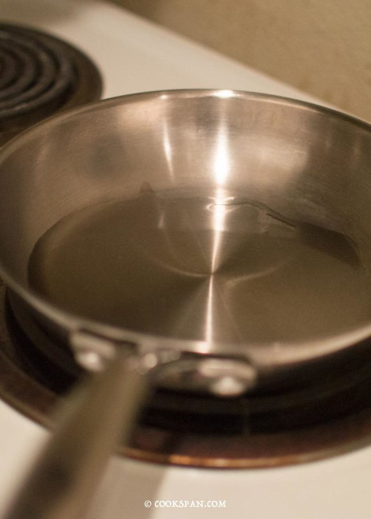 Heated Pan with Oil